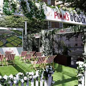 Pimms o clock wimbledon flower wall Elegant design